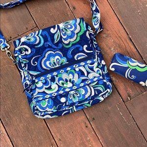Vera Bradley crossbody satchel w/ glasses   case